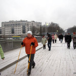 Фото с занятия по скандинавской ходьбе на Елагином острове, 21 ноября.