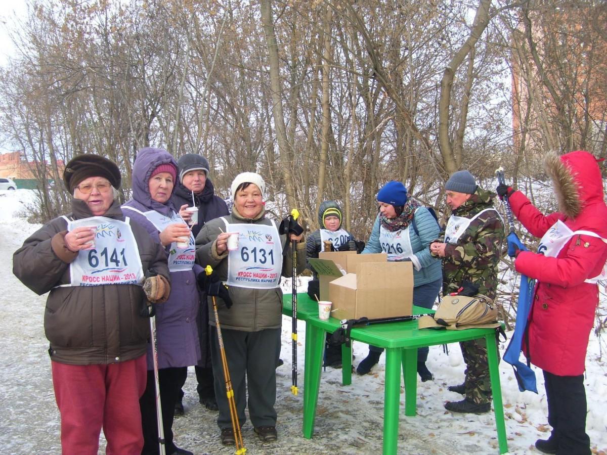 Вторые городские соревнования по скандинавской ходьбе в Йошкар-Ола