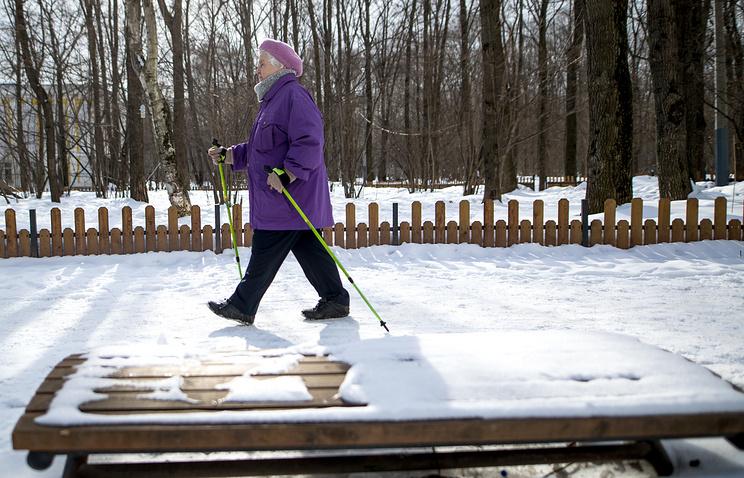 Уйти от инфаркта: как скандинавская ходьба помогает сохранить здоровье