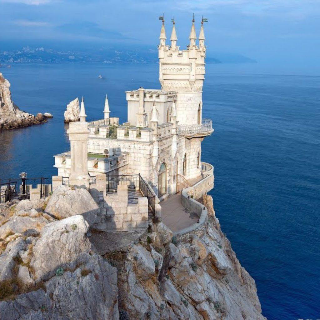 С 3 по 8 января Новогодний  тур в  Крым  2021!